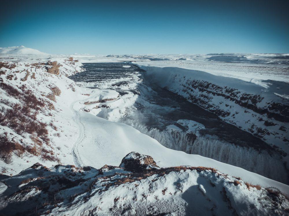 iceland -_